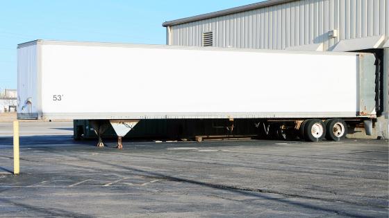 LTL vs Partial Truckload